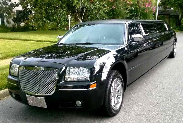 Orlando Chrysler 300 Limo